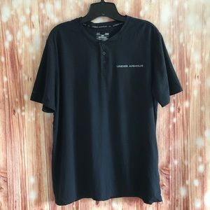 Under Armour Loose Fit Black Three Button T Shirt